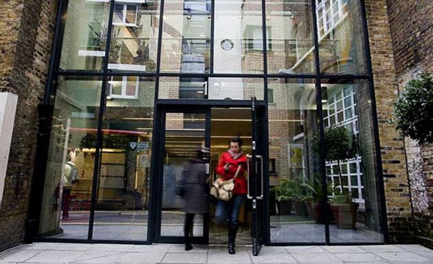 École en plein cœur de Londres avec hébergement à l'hôtel ou en famille